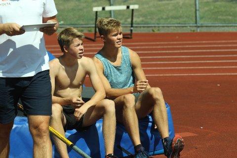 Sondre Guttormsen (t.h.) vant begge stavkonkurransene i Göteborg. Neste helg skal broder Simen (t.v.) i aksjon under U18-EM i Ungarn.