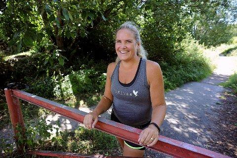 SMILER IGJEN: Heidi Grimsrud (39) smiler mer enn på flere år. Livet i et mørkst rom under dynen er snudd.