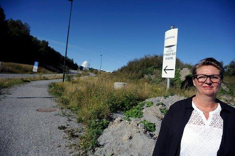 UTÅLMODIG: Ordfører i Ski, Hanne Opdan orker ikke vente mer på at busstilbudet på Finstad skal opp og stå.