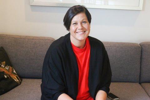 BRYSTKREFTOPERERT: Camilla Iversen fra Kolbotn er erklært kreftfri, men det betyr ikke at man er sprudlende frisk og tilbake i samfunnet for fullt.