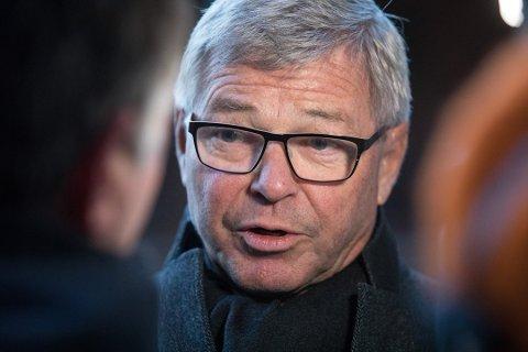KLAR TALE: Kjell  Magne Bondevik er en kunnskapsrik mann som er kjent for sine klare meninger. Nå kan du høre på ham i Øståsen kirke.