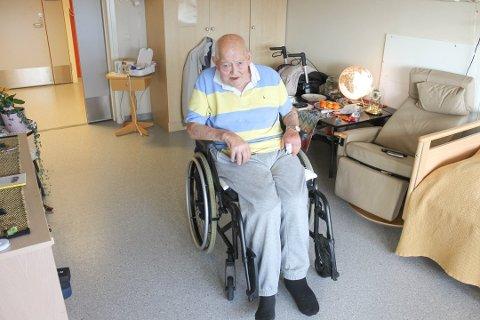 ROBBET: En vinterdag for to år siden ble Frank Johan Larsen fra Son robbet for 70.000 kroner av kjeltringer. Nylig fikk gjerningsmennene sin dom