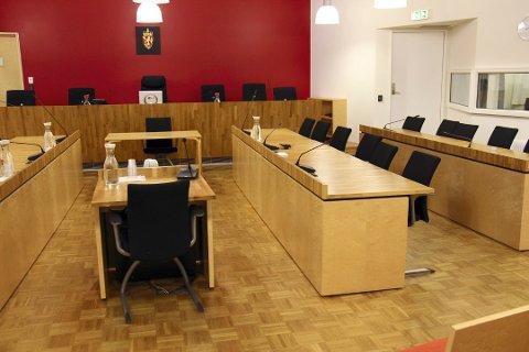 LANG LIGGETID: Rettssaken i Follo tingrett ble berammet godt over ett år etter hendelsene på Kolbotn og og i Ski. Dermed ble fengselsstraffen gjort betinget med en prøvetid på to år.
