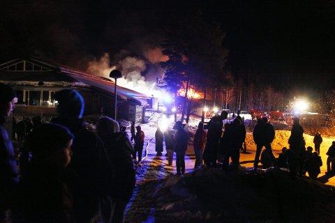 BRANT: I denne reportasjen tar vi deg med tilbake til en av tiårets største hendelser i Nordre Follo, nemlig brannen på Tårnåsen skole.