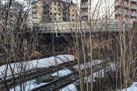 Oslo  20190224. En person er kritisk skadd, mens to andre også behandles for skader etter at de tok seg inn i en togtunnel ved Filipstad i Oslo og kom i kontakt med en strømførende kilde. Foto: NTB scanpix