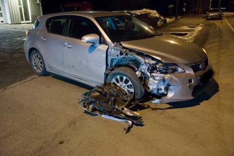 Denne bilen kjørte i kveld i autovernet på fylkesvei 120 på Flateby. Foto: Gunnleik Seierstad