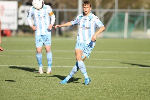 TILBAKE: Patrik Karoliussen, her i aksjon for Follo i en cupkamp mot Trosvik i 2015, spilte for Follo 2 tirsdag kveld.