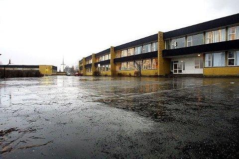 BORTFØRT: Ifølge tiltalen skal alle de fire tiltalte ha deltatt i ranet av en ung mann ved en nedlagt skole i Vestby.