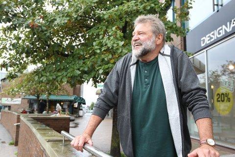 MENER: Tore Bernt Kristiansen, 1 kandidat Rød Nordre Follo, er klar i sin mening på størrelsen på ordførerlønningene.