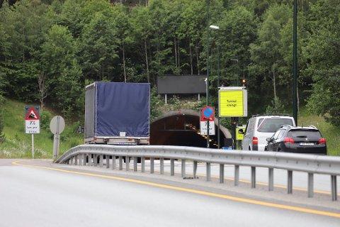 GJENÅPNET: Oslofjordtunnelen ble raskt gjenåpnet i retning Drammen.