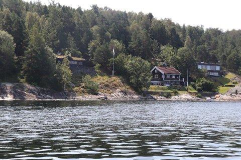 STRANDSONEN: Harald Lundstedt i Forum for Natur og Friluftsliv (FNF) vil vite politikernes holdning til kyststi på Svartskog.