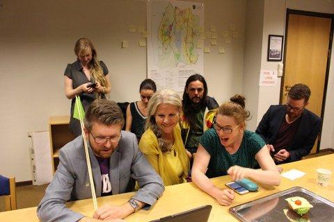 VALGVAKE: MDG fulgte spent med under valgvaken mandag.