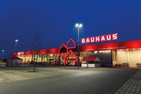 HER SKJEDDE DET: Skurker var på ferde hos Bauhaus, et populært varehus i Follo.