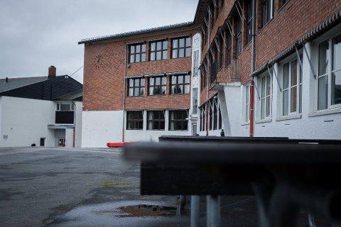 UT UKEN: Ski ungdomsskole er stengt for fysisk undervisning ut uken.
