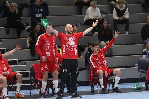 SPØRSMÅLSTEGN: Mats Julius Haakenstad og Follo HK har fått svar på protesten etter Falk-kampen.