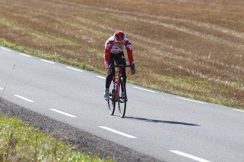 Carl Fredrik Hagen og resten av verdens beste syklister har fått sesongen ødelagt på grunn av koronaviruset.