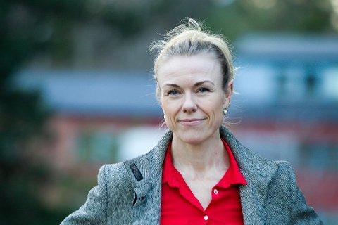 KAN IKKE SLAPPE AV: Selv om noen av tiltakene i samfunnet nå mykes opp, understreker Kerstin Myhrvold at smittevernrådene er like viktige.