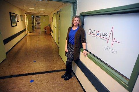 TESTER: Daglig leder Marita Kolstrøm ved Follo LMS forteller at ansatte og pasienter er blitt testet slik at de skal få en oversikt over smitten ved Follo Lokalmedisinske senter.