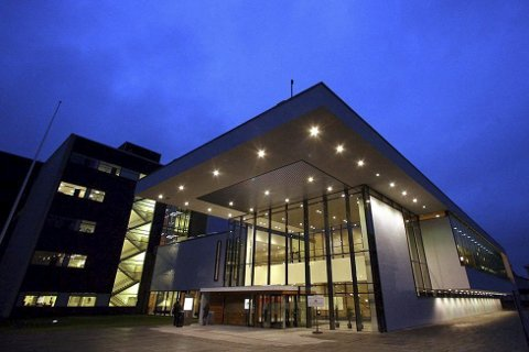 RAMMET: To ansatte ved sykehuset i Lørenskog har testet positivt for koronaviruset.