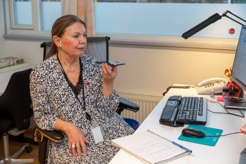 VURDERER NYE TILTAK: Kommuneoverlege Sidsel Storhaug