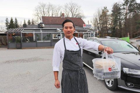 BRA ÅR: - Skjenkestopp har liten betydning for oss, og vi har greid oss veldig bra gjennom korona-året, forteller Tommy Pham hos Oppegård sushi og wok.  Større er utfordringene med å få den nye restauranten i Oslo til å gå rundt.