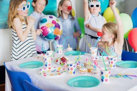 Det er ikke lett å arrangere bursdag med mange ulike krav om spesialdietter.