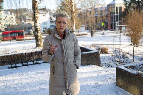 KREVENDE: Kommuneoverlege Kerstin Anine Johnsen Myhrvold har hatt en krevende jobb med å vurdere situasjonen i Nordre Follo. Hun skimter et lys i enden av tunnelen.