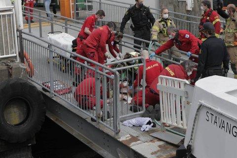 REDDET: Randi Lund fortet seg å ringe 113 da hun registrerte at en mann falt i vannet mellom Aker Brygge og Nesoddbåten. Foto: Jørgen Hyvang