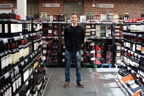 Pressesjef Jens Nordahl sier en svekket posisjon for Vinmonopolet i Norge kan få store konsekvenser.