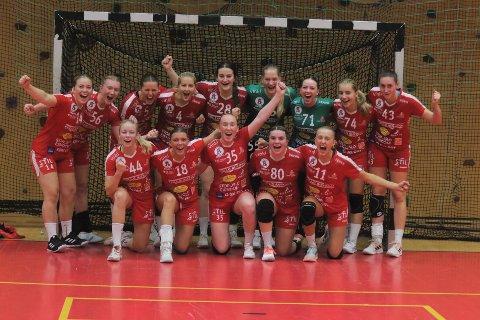NM-JUBEL: Follo-jentene etter seieren mot Tromsø.