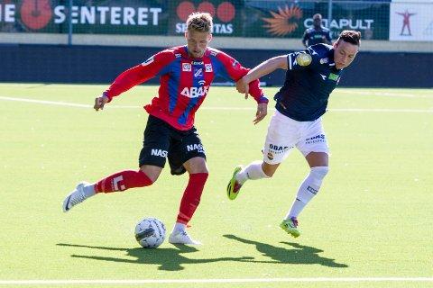 Sist Haakenstad var i klubben, fra 2012 til 2014, var han en løpssterk og offensiv back. Nå er han tiltenkt en plass på vingen.