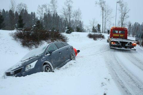 En bilist fikk problemer ved Torp søndag ettermiddag.
