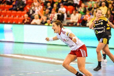 Champions League-toppscorer  Linn-Kristin Riegelhuth Korens sedvanlige jubel etter scoring blir ikke å se under EM i Sverige.