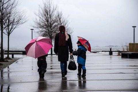 REGN, SÅ SOL: Etter dagens regnvær over søndre Vestfold, melder Yr om mye fint vær og sol fram til 15. juli.