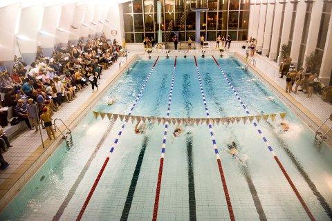 Dundrende underskudd: Larvik Svømmeklubb har tapt 1,1 millioner kroner siden 2011. Mandag er det ekstraordinært årsmøte i klubben.