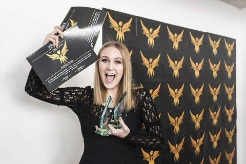 Overrasket: Mathilde Waale fra Larvik fikk to priser under Medieprisen som ble arrangert på Bakkenteigen Kulturhus. Foto: Jon Kvist