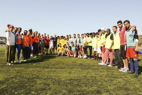 Nominert: Fredag arrangerte Fram, NFF Vestfold og Stiftelsen Sana Champions League for asylsøkere. Dette er bare ett av tiltakene under «Bry deg»-paraplyen som har gitt klubben nominasjon til UEFAs Grassroots Awards.
