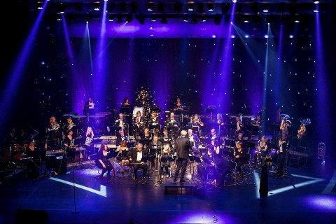 Nanset Blåseensemble gir konsert i Bølgen søndag kveld.