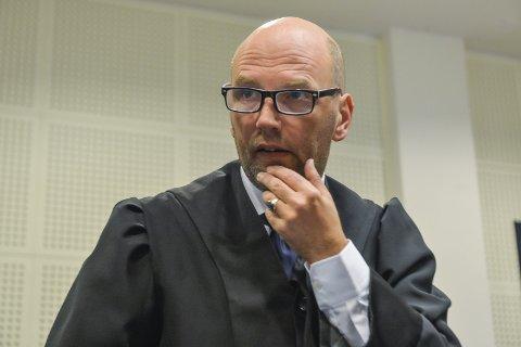 Planting av bevis? Advokat Brynjar Meling gikk langt i å indikere planting av bevis som en mulig forklaring på DNA-sporet
