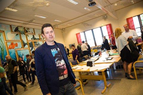 Bjørge Riksfjord (hovedtillitsvalgt Utdanningsforbundet i Larvik).Oppvekstkomitemøte, tidstyv, tidstyver. Foto: Sigrid RIngnes
