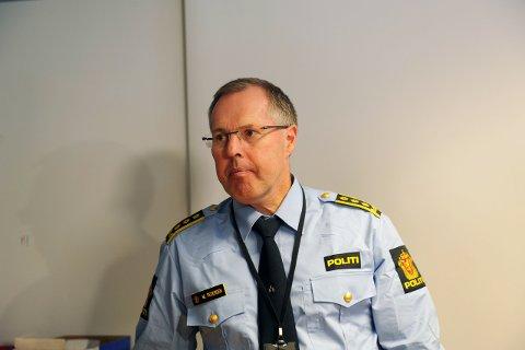 Henlagt: Politiinspektør Magnar Pedersen har henlagt tollsaken mot 40-åringen, som er dømt for å ha drept Kristin Juel Johannessen på Mørk i 1999. Tollsaken ga politiet en DNA-prøve, som de kunne teste opp mot nye funn i Kristin-saken.