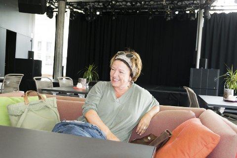 Tilbake til Skien: Prosjektleder Helle Riis i Poesihovedstad Larvik avslutter sitt engasjement og går tilbake til sin faste arbeidsgiver i skien.foto:per Albrigtsen