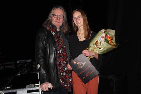 Til topps: Stavernsjenta Thea Eline Amundsen trakk det lengste strået i konkurransen om Ambjørnsenprisen.