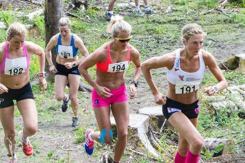 Celebert: Marthe Kristoffersen (192) og Kristin Størmer Steira (191) stiller til start i Pinåsløpet også i år. En skade gjør at Astrid Uhrenholdt Jacobsen (193) må nøye seg med å lede en treningssamling dagen før løpet.