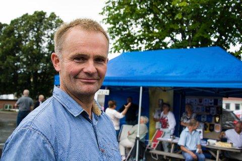 LITEN ØKNING: Leder for fellesnemnda og ordfører i Lardal kommune, Knut Olav Omholt, forteller at det ikke blir snakk om store økninger i kommunale avgifter i den nye kommunen for innbyggerne i Larvik.