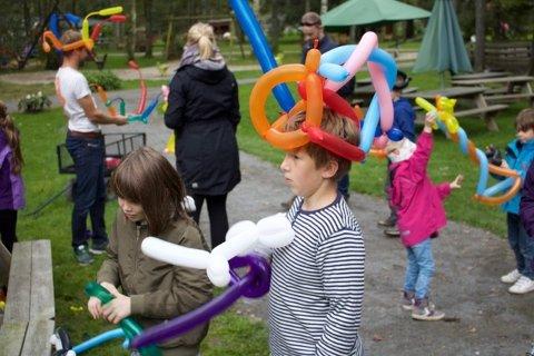 Ballongfigurer og lykkehjul var populært, i tillegg til alt Foldvik familiepark ellers byr på av aktiviteter og dyr.