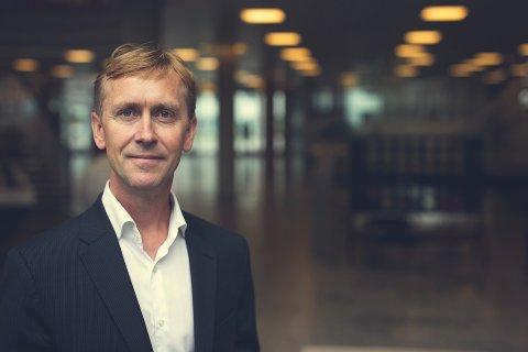 Valgte Larvik: Programvareselskapet Compello velger seg Larvik foran Sandefjord. Direktør Gustav Line trekker fram Larviks sentrale beliggenhet i regionen som en vesentlig faktor bak avgjørelsen.