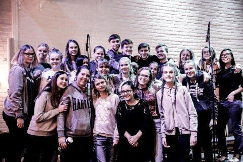 KLARE: Unge sangere fra Nanset er klare for å gi deg to konsertmuligeter i Teaterhuset Munken på mandag kveld.