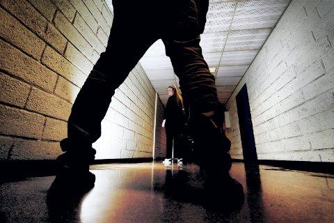BLE FRIFUNNET: 22-åringen ringte fra fengslet og pratet med småjenter, men retten mener det ikke er bevist hvem som sa hva.