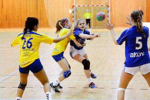 BLIR DET KAMP?: Region Sør har åpnet for regionale kamper fra midten av neste uke, men klubbene i Larvik er usikre.
